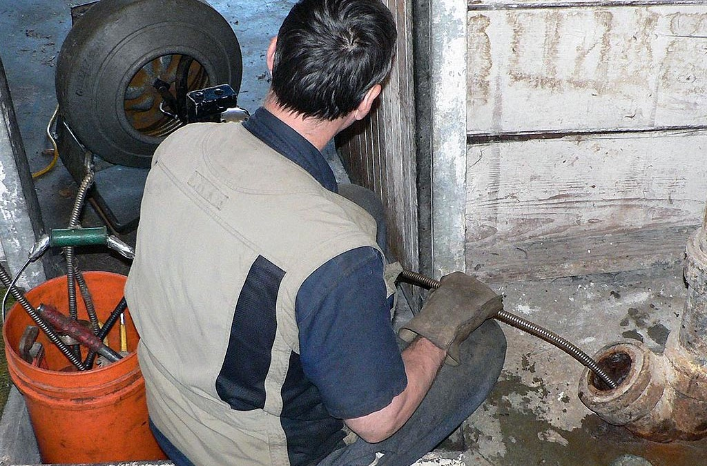 Local Resident Finds Help With a Muddy Sewer Line